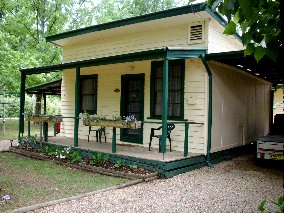 Pioneer Garden Cottages - Casino Accommodation
