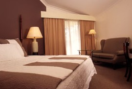 Tallawanta Lodge - Casino Accommodation