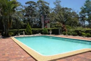 Beerwah Glasshouse Mountains Motel - Casino Accommodation