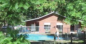 Glass House Mountains Holiday Village - Casino Accommodation