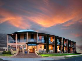 Kangaroo Island Seafront Resort - Casino Accommodation