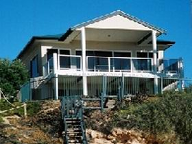 Top Deck Cliff House - Casino Accommodation
