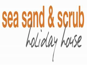 Sea Sand and Scrub Holiday House - Casino Accommodation