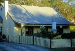 Country Pleasures Bed and Breakfast - Casino Accommodation