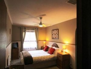Southern Vales Bed And Breakfast - Casino Accommodation