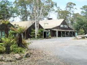 Derwent Bridge Wilderness Hotel - Casino Accommodation