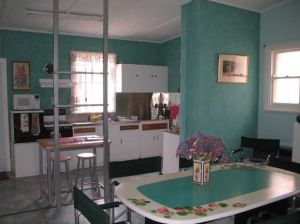 Lavender and Lace Cottage - Casino Accommodation