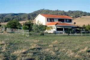 Cossettini High Country Retreat - Casino Accommodation