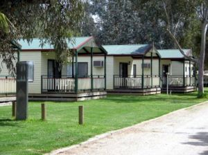 Howlong Caravan Park - Casino Accommodation