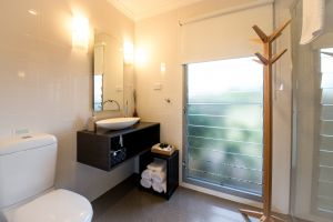 Blackwattle Luxury Retreats - Casino Accommodation