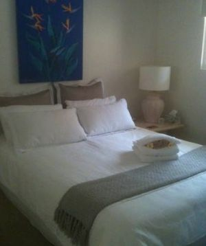 Absolute Beachfront Manly Bed and Breakfast - Casino Accommodation