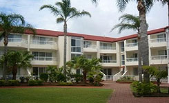 Key Largo Apartments - Casino Accommodation
