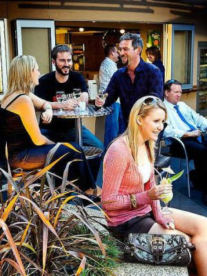 Morphett Arms Hotel - Casino Accommodation