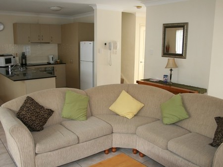 Pacific Sun Gold Coast Holiday Townhouse - Casino Accommodation