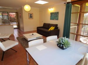 Bright Highland Valley Cottages - Casino Accommodation