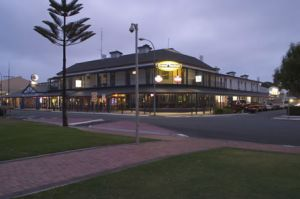 Grand Tasman Hotel - Casino Accommodation