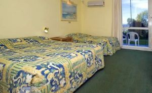 All Seasons Salamander Shores - Casino Accommodation