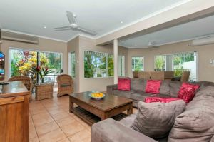 The Villas Palm Cove - Casino Accommodation
