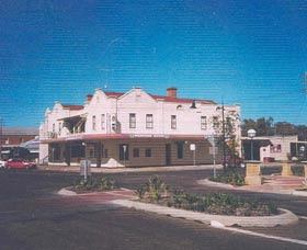 Namoi Hotel Motel - Casino Accommodation
