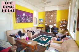 The Pink House Backpackers - Casino Accommodation