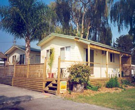 Riviera Caravan Park - Casino Accommodation