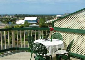 Gateway to The Great Ocean Road Self Contained Bed amp Breakfast - Casino Accommodation