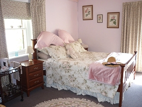Old Colony Inn Bed and Breakfast  Accommodation - Casino Accommodation