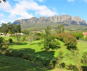Mount Roland Country Lodge - Casino Accommodation