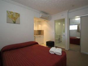Southern Cross Motel and Serviced Apartments - Casino Accommodation
