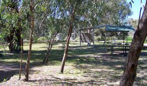 Coach and Horses campground - Casino Accommodation