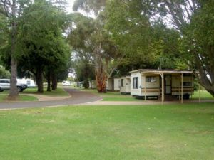 Glen Rest Tourist Park - Casino Accommodation