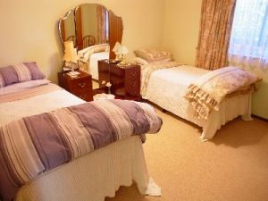 Gracelyn Bed and Breakfast - Casino Accommodation