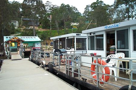 Clyde River Houseboats - Casino Accommodation
