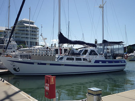 Coral Sea Dreaming Dive and Sail - Casino Accommodation
