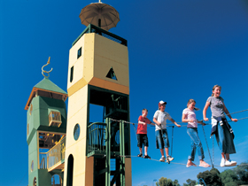 Monash Adventure Park - Casino Accommodation