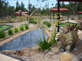 Barossa Bowland and Mini Golf - Casino Accommodation