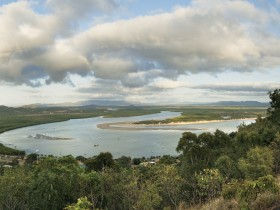 Cooktown Scenic Rim Trail - Casino Accommodation