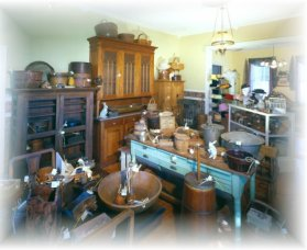 Turnbull Bros Antiques - Casino Accommodation