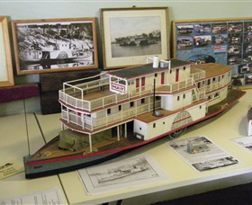 Wentworth Model Paddlesteamer Display - Casino Accommodation