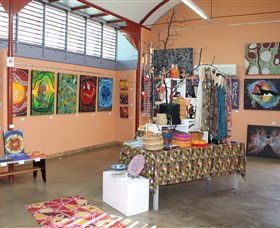 Dunghutti Ngaku Aboriginal Art Gallery - Casino Accommodation