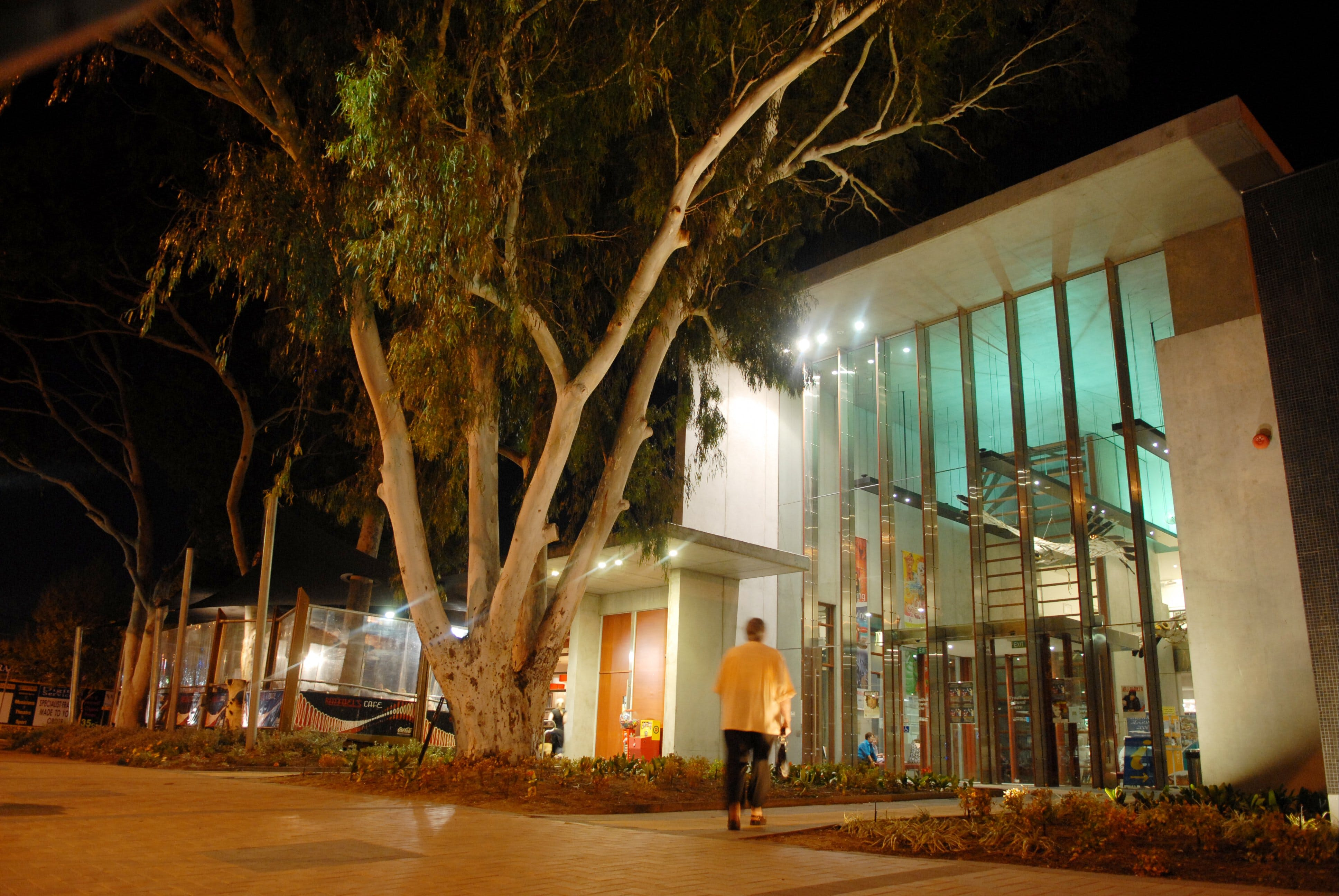 Wyndham Cultural Centre - Casino Accommodation