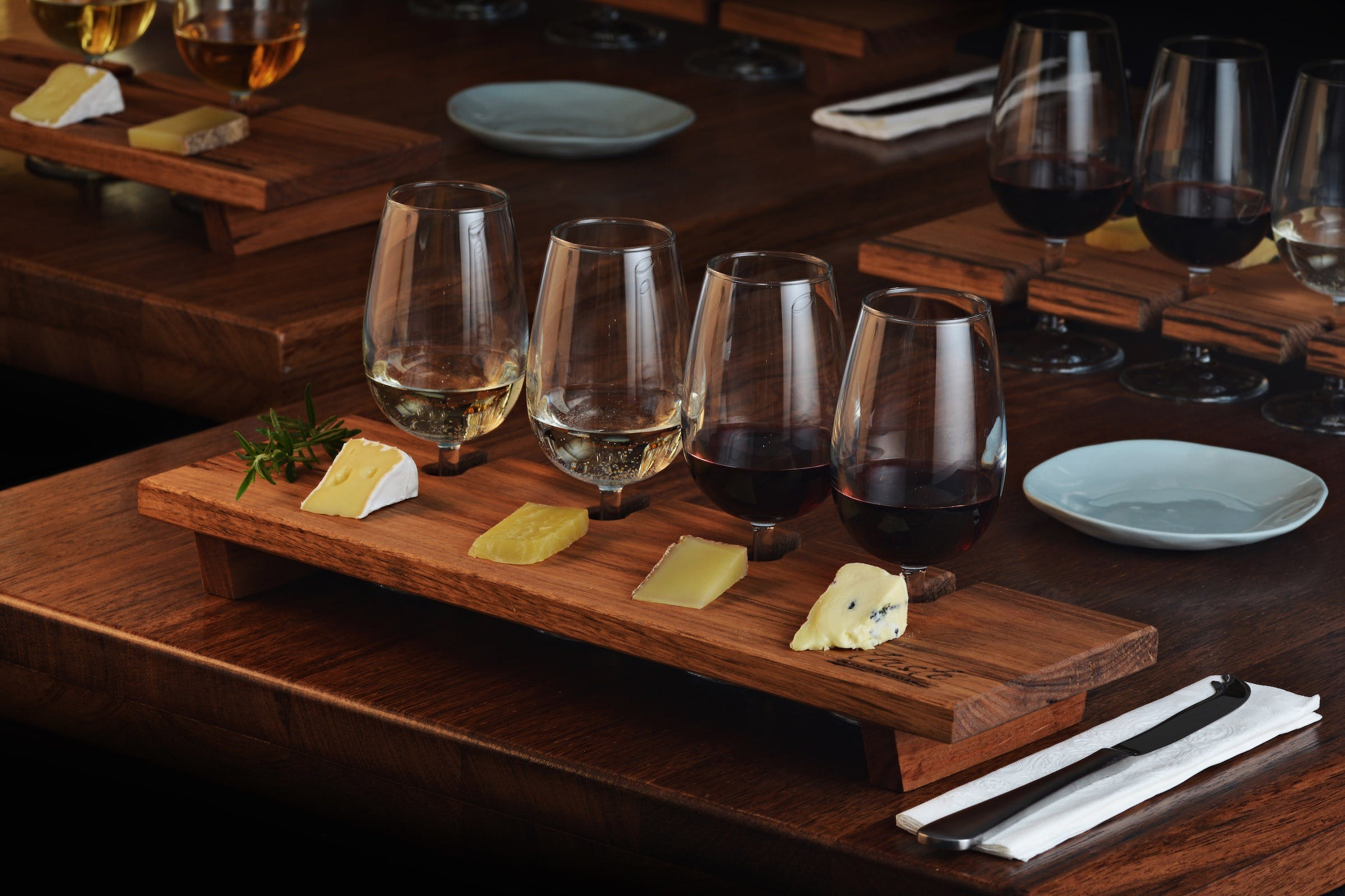 Taste Yarra Valley - Tasting Flights wine and cheese - Casino Accommodation