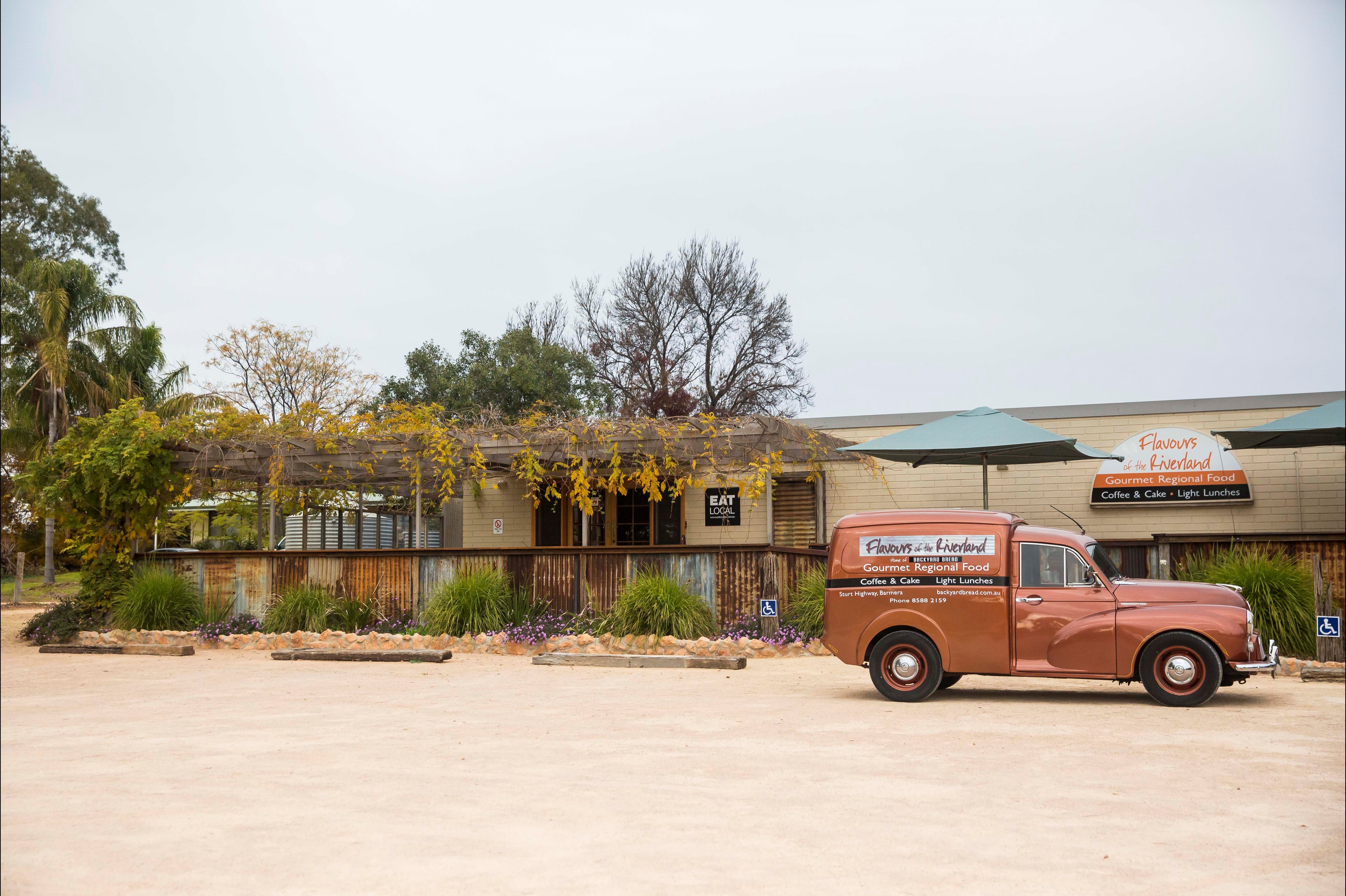 Flavours of the Riverland - Casino Accommodation