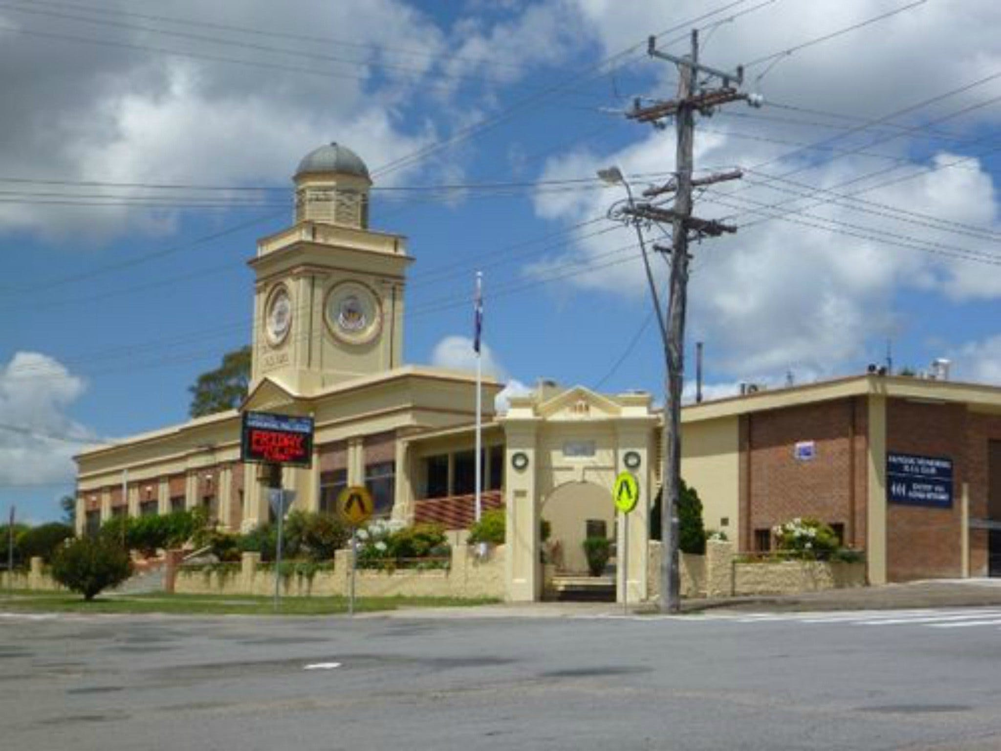 Dungog Memorial RSL Club - Casino Accommodation