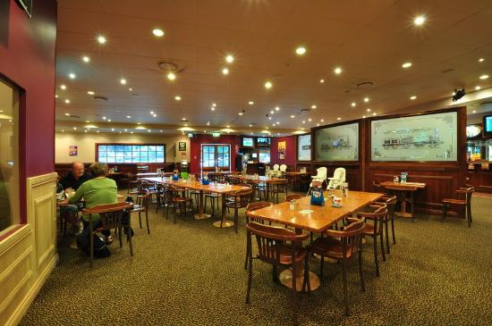Central Park Tavern - Casino Accommodation