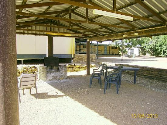 Belyando Crossing Roadhouse - Casino Accommodation