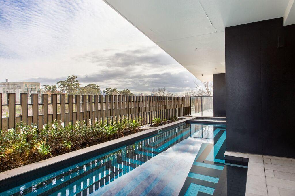 Complete Host 50 Claremont St Apartments South Yarra