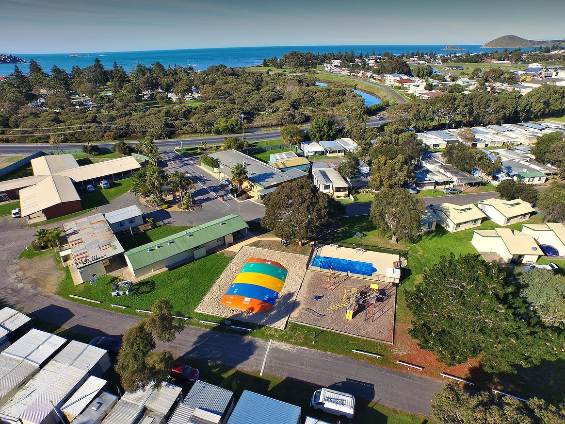 Victor Harbor Holiday  Cabin Park - Casino Accommodation