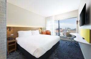 Holiday Inn Express Adelaide City Centre - Casino Accommodation