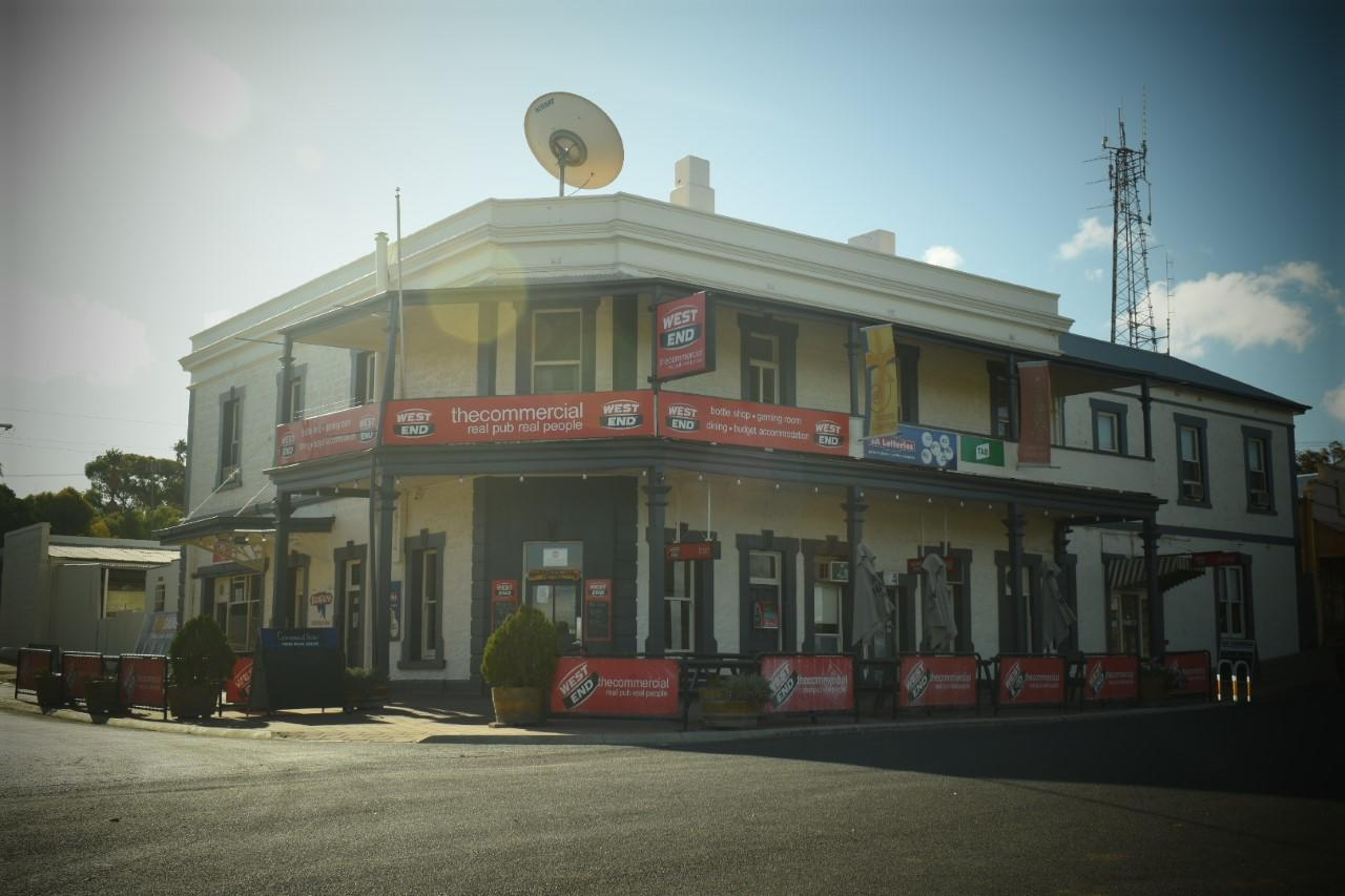 Commercial Hotel Morgan - Casino Accommodation